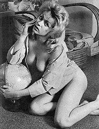 free vintage porn hardcore big tit fuck pics