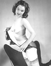 big vintage tits flashbursting out gif