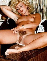 big juicy vintage tits lesbins