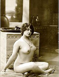 solo vintage porn women fuck pics