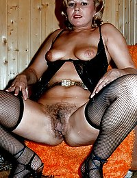 light skin black big vintage tits fucking