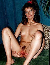 amateur girls with big vintage tits pics